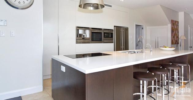 Contemporary Island Kitchen 3