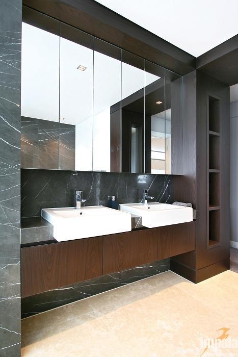 Contemporary Bathroom 4