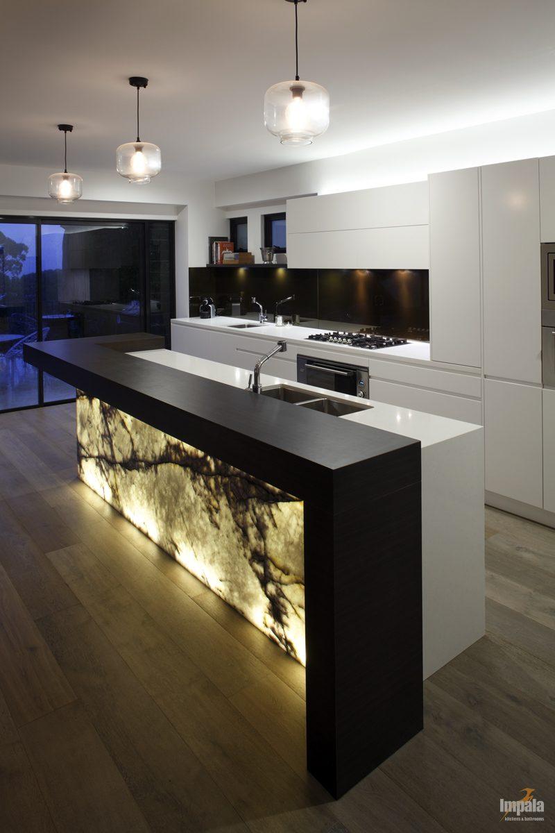 Kitchen Flow With Island