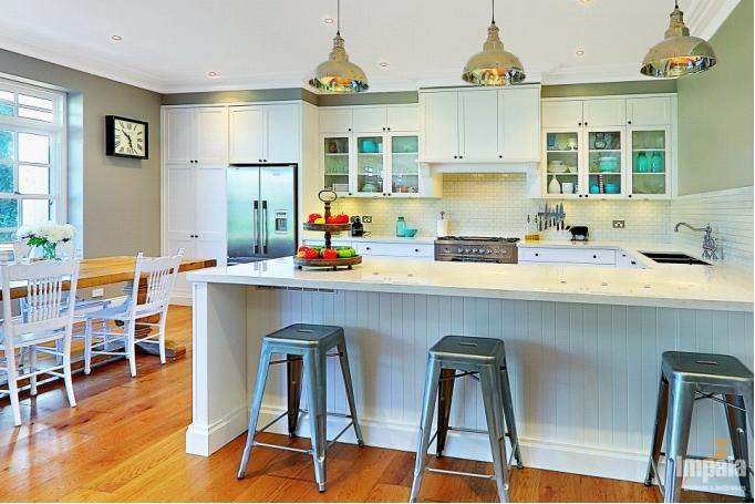 Hamptons Kitchen on Sydney North Shore - Featured in Home Beautiful Magazine